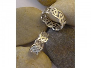 Celtic knot style wedding bands