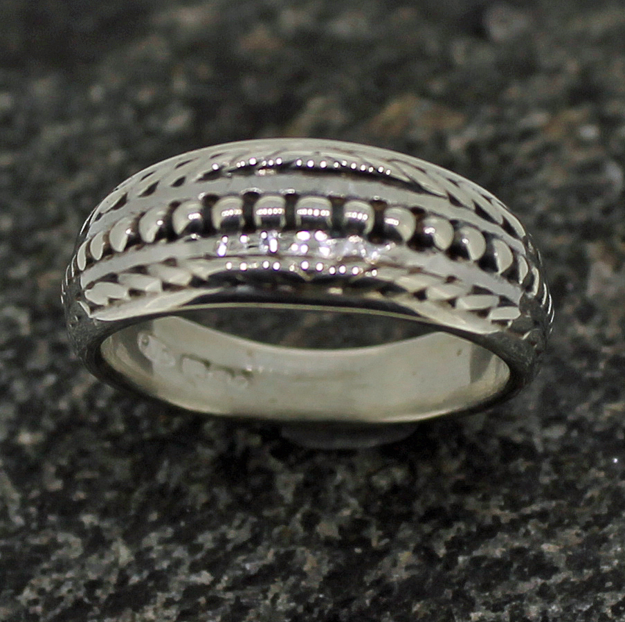 Loobylou ring by Patricia Dudgeon Designs