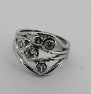 5 diamond wire ring