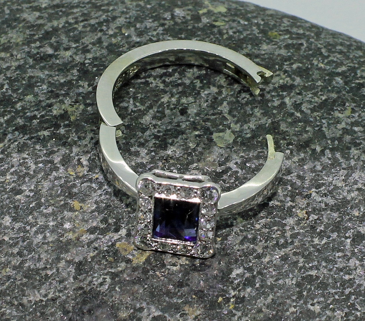 Sapphire and diamond rectangluar cluster 18ct white gold ring